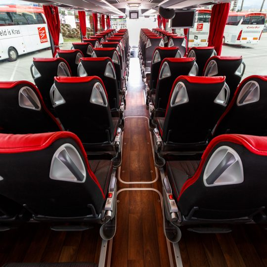 http://www.autobusescostasur.com/wp-content/uploads/2017/09/COSTASUR-028-540x540.jpg